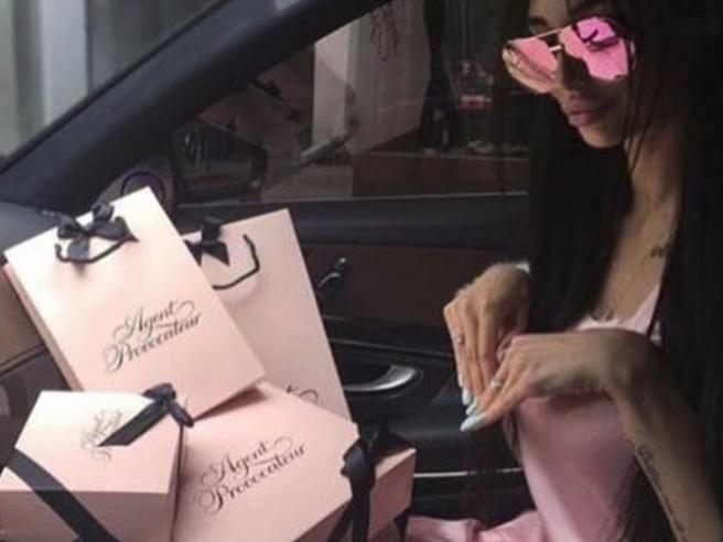 Dopo i Rich Kids, ecco i Luxury Kids: il nuovo account Instagram che ostenta il lusso