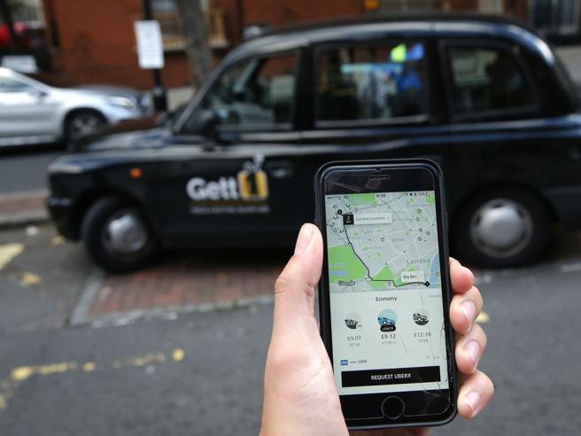 Attacco a Uber da Oriente: Ola raccoglie 1,1 miliardi