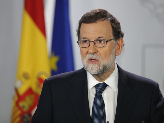 Catalogna, Rajoy chiede chiarimenti: «5 giorni per chiarire sulla secessione»
