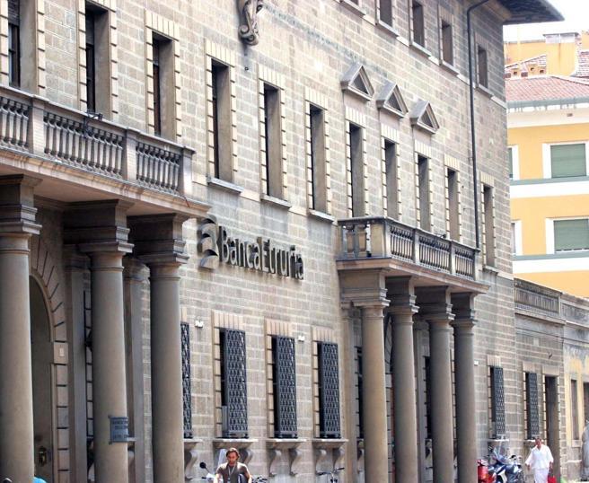 Etruria, chiesti oltre 400 milioni agli ex amministratoridella banca in liquidazione