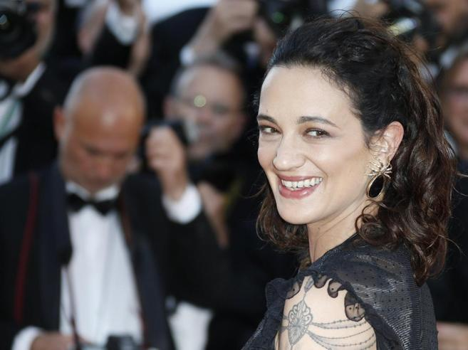 Weinstein, Argento: «Insultata per aver denunciato lo stupro»Hollywood, i silenzi foto|video