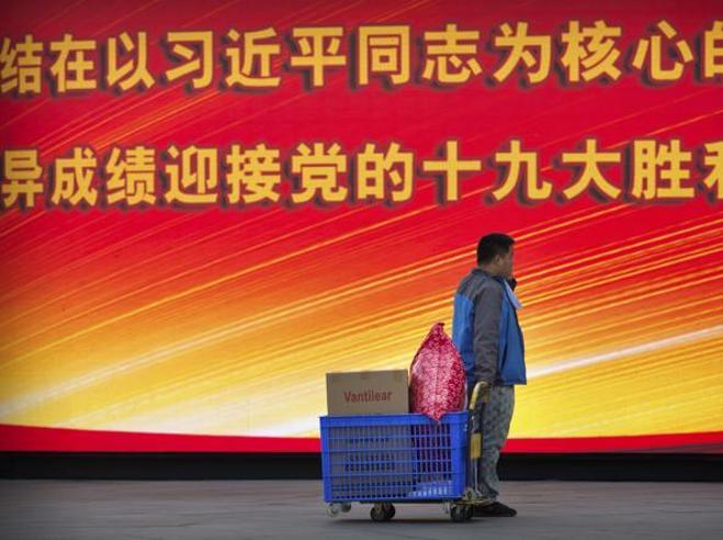Cina, dalle mongolfiere ai cetrioli di mare:  i divieti del Congresso