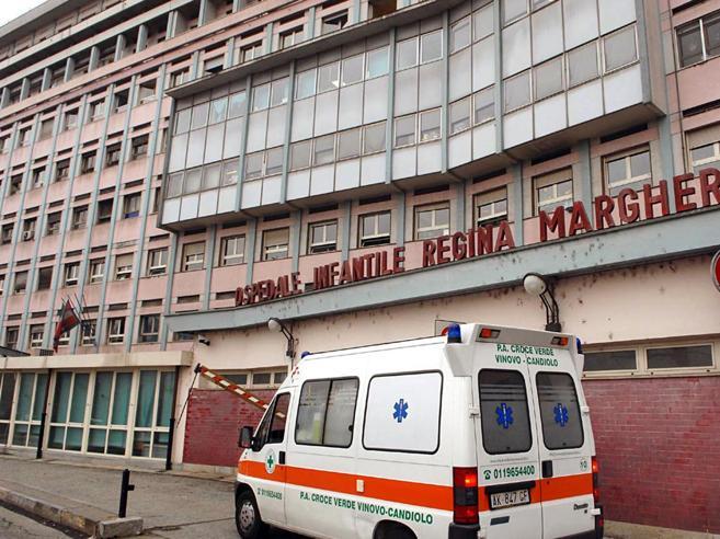 Le analisi del sangue confermano: la bimba di Torino ha il  tetano
