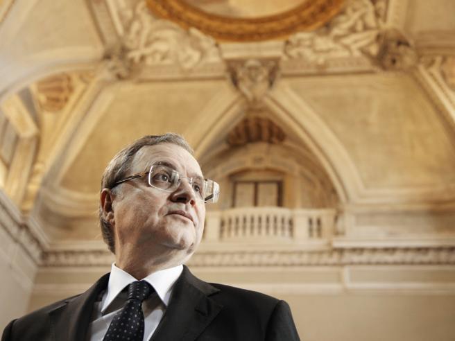 Bankitalia: una mozione del Pd sul rinnovo ai vertici, apre il «caso Visco»Mattarella: si rispetti interesse Paese