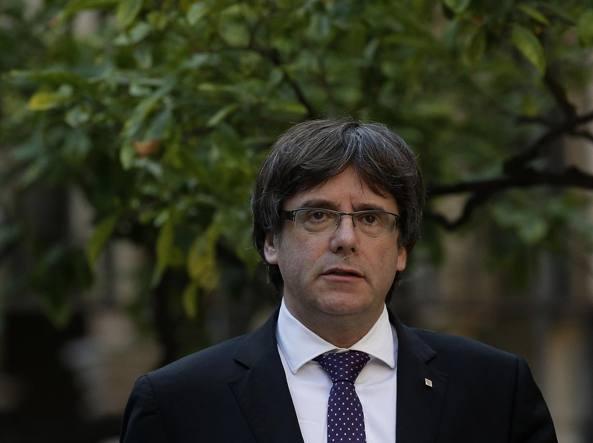 Catalogna, il giorno della verità: Barcellona sarà commissariata da Madrid?