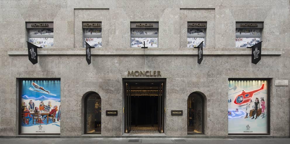 Moncler e la finta neve a milano for Piani di cabina di 800 piedi quadrati