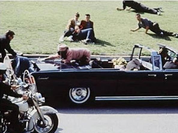 Trump: divulgherò files su morte Kennedy