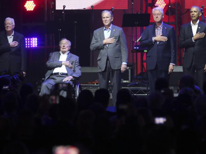 Usa, gli ultimi 5 presidenti insieme per le vittime degli uragani