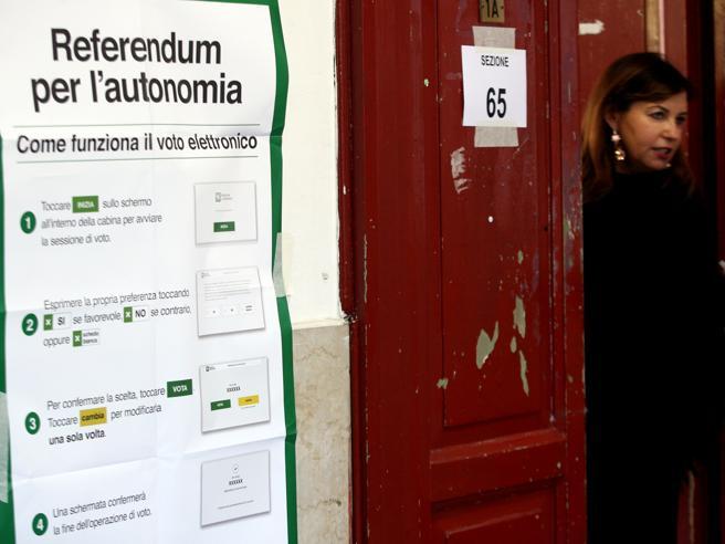 Referendum autonomia, trionfa il sìZaia: «Vogliamo i 9/10 delle tasse» Tutti i dati di Veneto e Lombardia