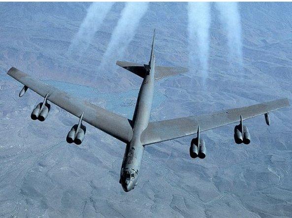 Corea Nord : Donald Trump allerta bombardieri B52