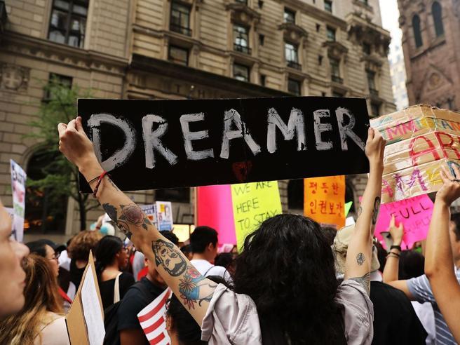 Facebook e Google contro Trump «I Dreamers restino negli Usa»