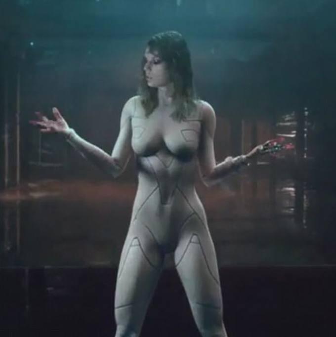 image Scarlett johansson nude under the skin