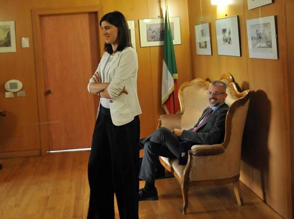 La sindaca di Torino Chiara Appendino con Paolo Giordana in una foto d'archivio (Ansa)