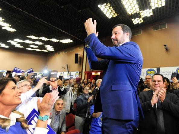 Salvini incontrerà Berlusconi a Catania ma solo al termine dei rispettivi comizi