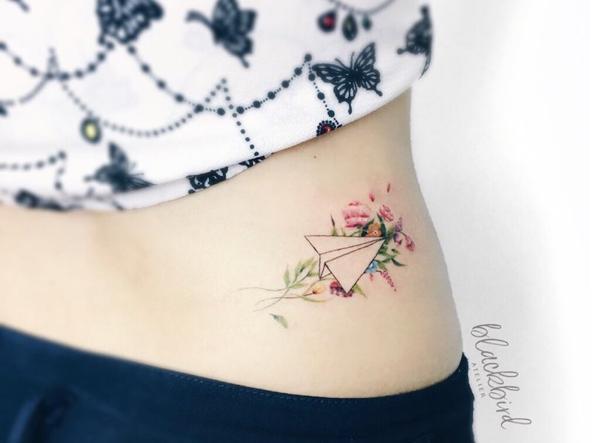 Dalle coordinate all aereo stilizzato 20 tatuaggi for Tattoo shops in plano