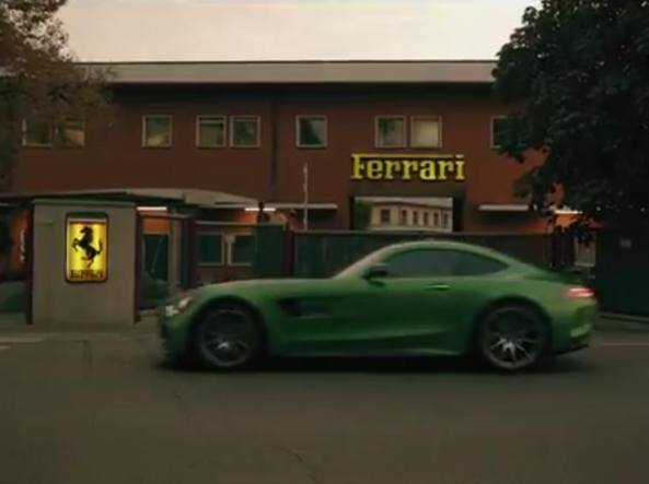 La Mercedes si esalta in un video 'omaggio' alla Ferrari