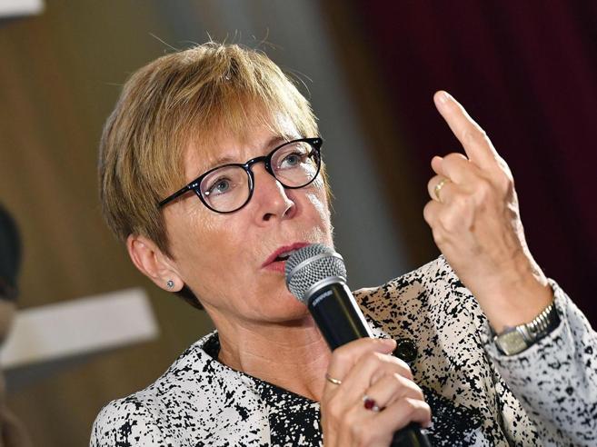 Rai, Gabanelli si dimette«A queste condizioni risultati  impossibili»  VideoInviata di guerra 20 anni in tv