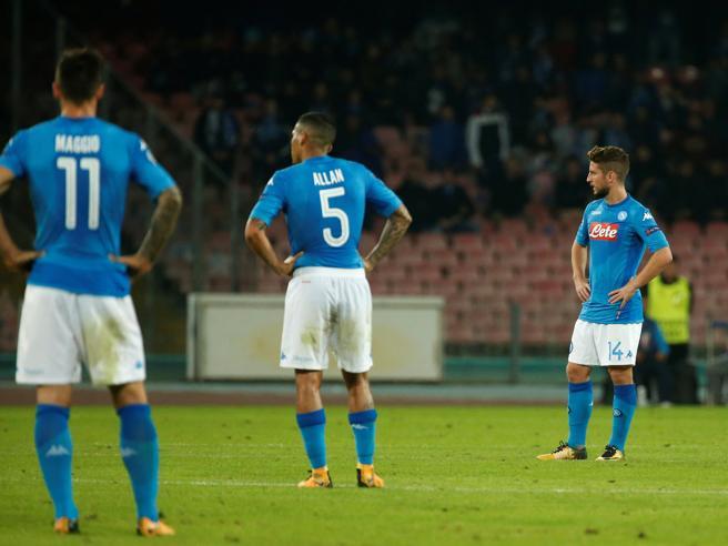 Un grande Napoli non basta (ed è quasi eliminato)Il Manchester City vince 4-2