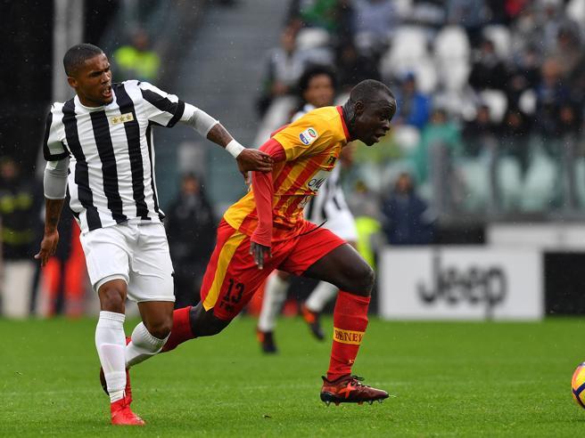 Juve, che fatica col BeneventoIl Napoli fermato dal ChievoRoma ok, Inter-Torino 1-1
