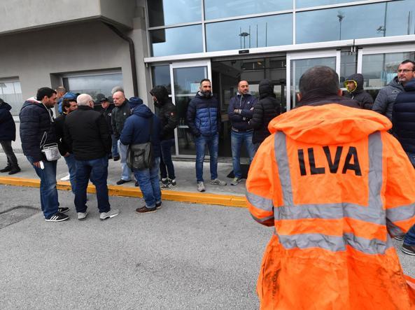 Ilva, i lavoratori occupano lo stabilimento di Genova