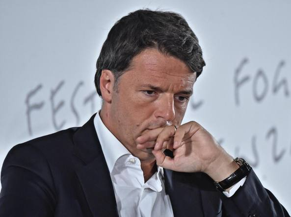 Risultati immagini per Renzi ammette la sua crisi