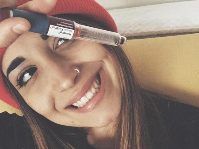 Martina ha vinto la sua battaglia: «In discoteca i kit anti-diabete»