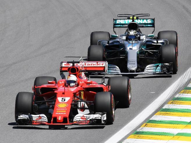 F1,  Vettel e la Ferrari vincono in Brasile. Secondo  Bottas, terzo Raikkonen