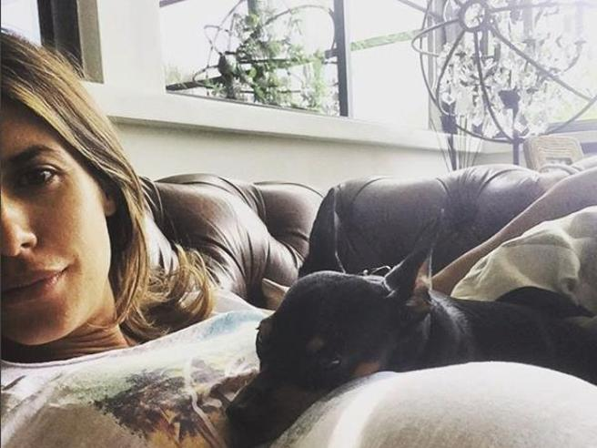 Muore il cane di Elisabetta Canalis: «Piero, ti cercherò in ogni segno»