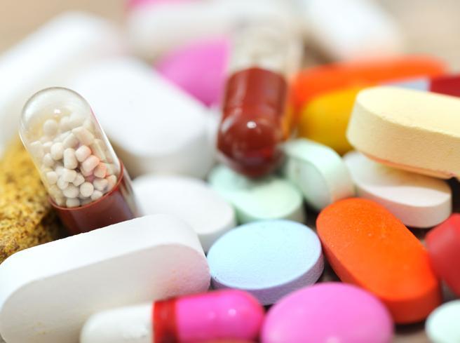 Italiani «campioni» nel consumo di antibiotici;:rischiano la «rivincita» dei batteri