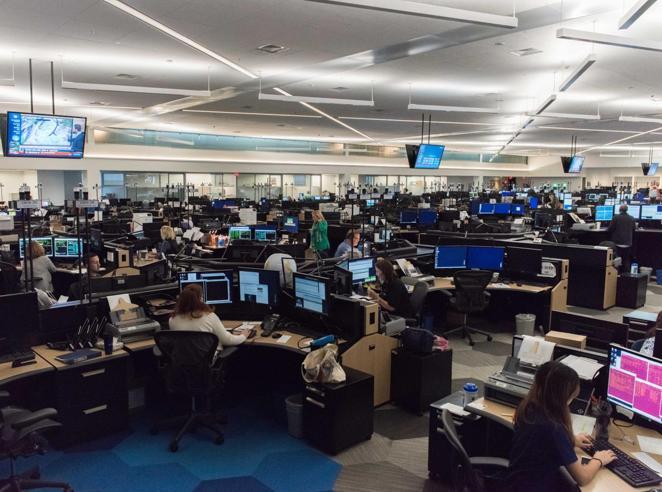 Video, isole, rifugi anti-tornado Nel centro operativo della più grande compagnia aerea Foto