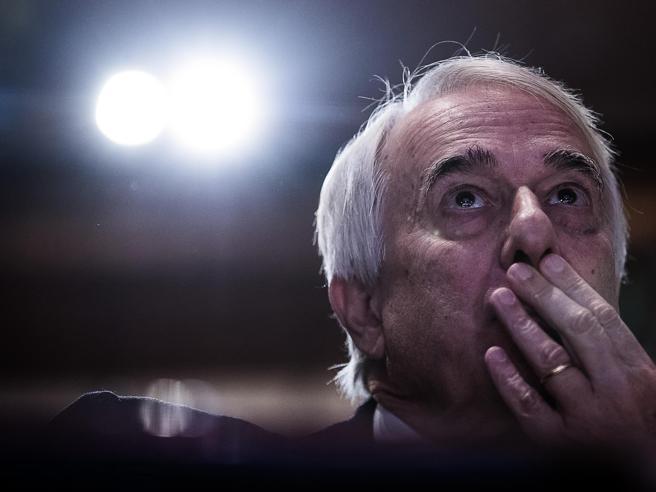 Pd, prove d'intesa Prodi chiama Renzi Fassino e la lunga telefonata a D'Alema