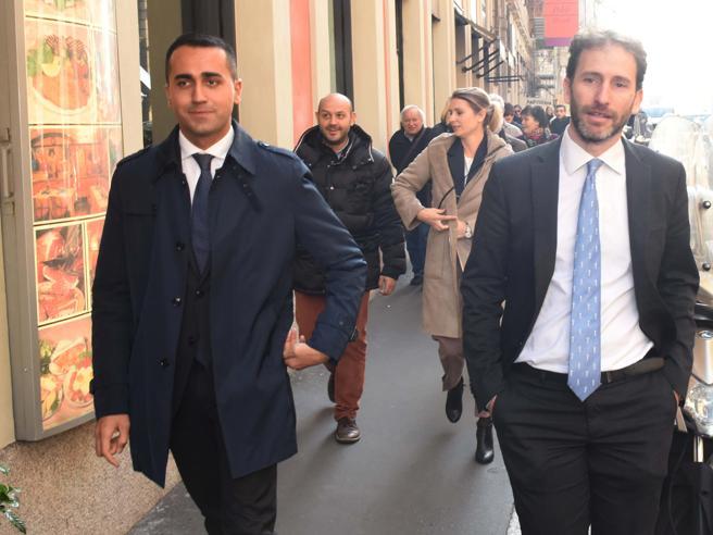 Grillo-Di Maio: basta piazze e duelli tv. M5S e la  nuova squadra