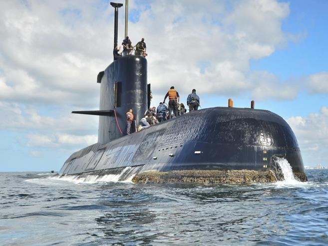 Argentina, il mistero  del sottomarino scomparso   Navi hanno  captato possibili rumori