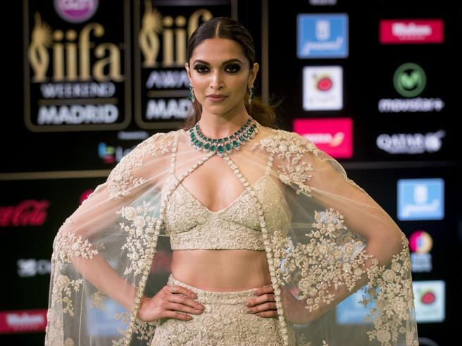 India, minacce all'attrice Deepika Padukone: «Bruciatela viva»