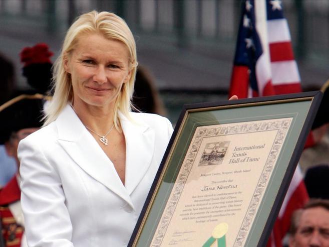 Morta a 49 anni Jana Novotna, la tennista 3 volte in finale a Wimbledon