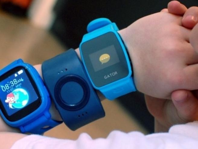La Germania vieta gli smartwatch per bambini