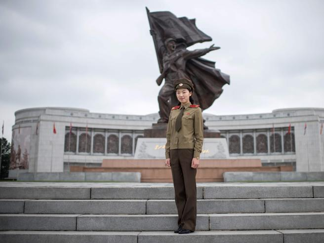 Corea del Nord: «Io,  soldatessa nell'esercito di Kim, le esercitazioni e gli stupri. Nessuna aveva più il ciclo»