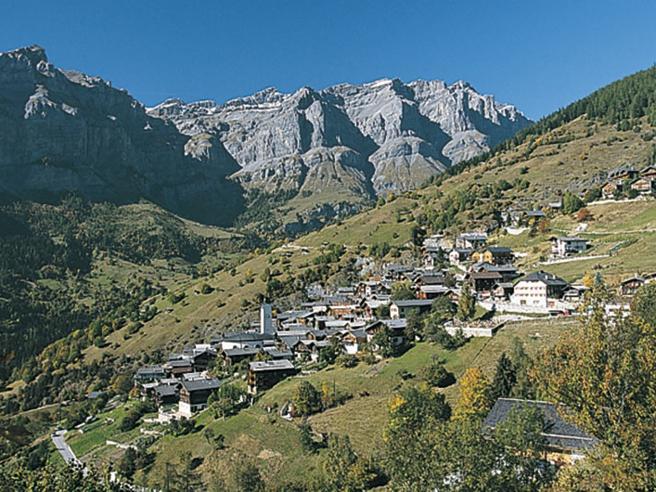 Albinen, il borgo che dà 25mila  e a chi si trasferisce tra le Alpi