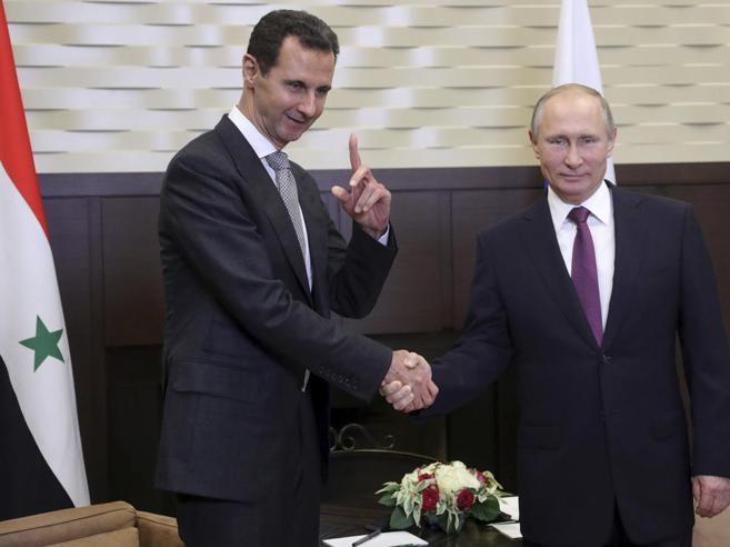 Putin incontra Assad a sorpresa «Il Califfato è ormai sconfitto