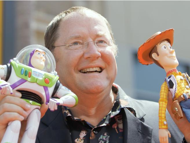 Molestie, il genio Pixar  si ferma 6 mesi: «Abbracci inappropriati»