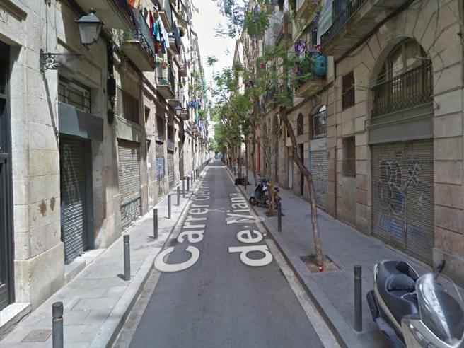 Spagna: italiano ucciso durante una rissa a Barcellona. Caccia all'aggressore