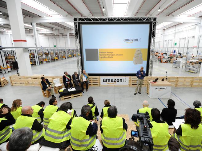 Sciopero Amazon, salta il tavoloQuanto guadagna un dipendente?