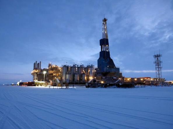 Il campo di Nikaitchuq dell'Eni in Alaska in un'immagine del 2011. È stato il primo campo operato messo in produzione da Eni nelle regioni artiche