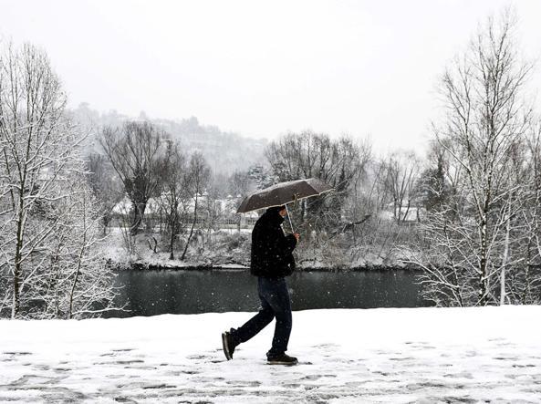 Allerta maltempo al Sud: vento forte e mareggiate
