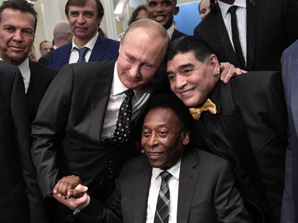 Calcio, ecco il manifesto di Russia 2018: è ispirato a Lev Yashin