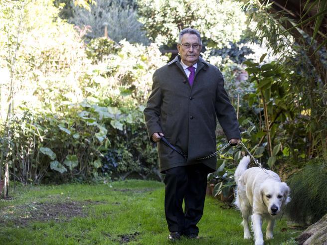 Franco Coppi: «I tribunali? Gabbie di matti. Ho difeso la Juve in cravatta romanista»