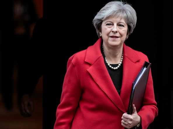 UK: sventato complotto per assassinare Theresa May