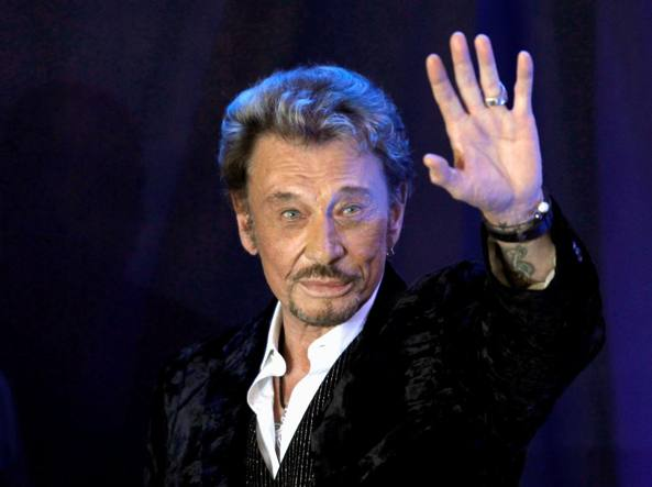 Johnny hallyday l lite flirta con le star e macron cita for Miroir johnny hallyday