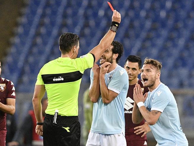 Lazio-Torino 1-3, Immobile si fa cacciare e i granata prendono il largo