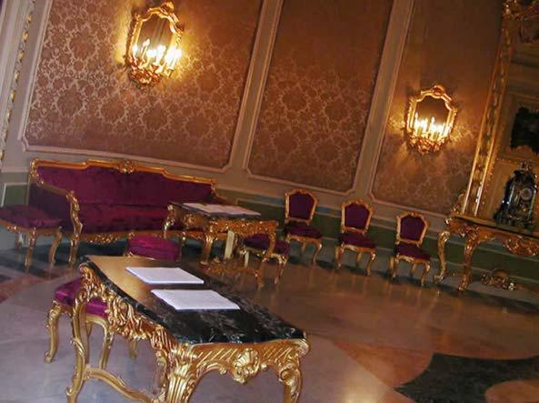 Ferragni fedez matrimonio a noto a palazzo ducezio - Sala degli specchi ...